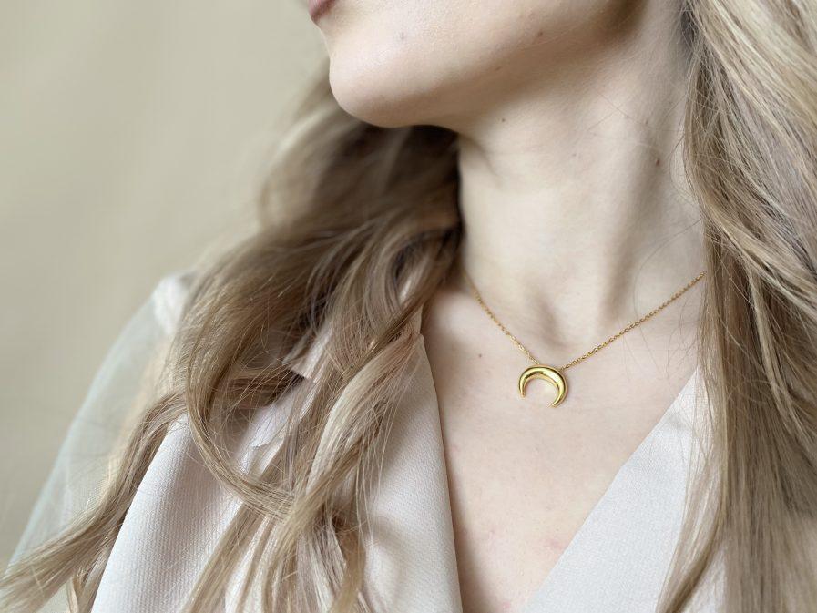 925 Silver Smooth Moon Necklace