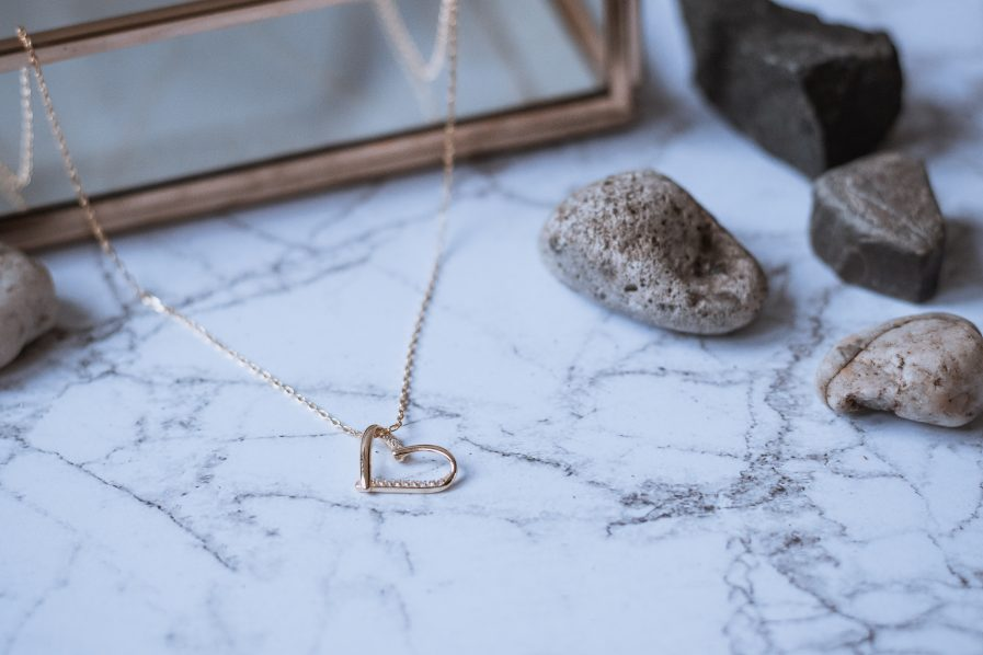 925 Sterling Silver Rhinestone Heart Minimalist Necklace