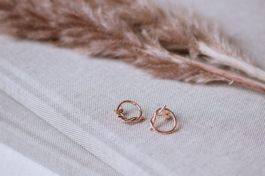 Heart earrings stud